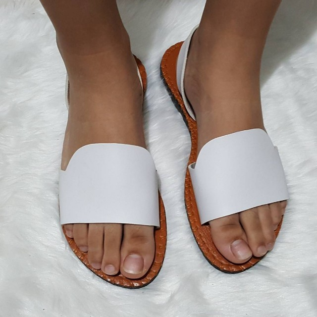 The Pure Sandals