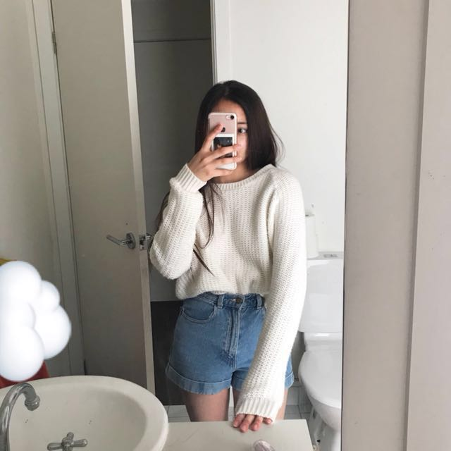 White Cropped Knit Jumper Sweater ☁️