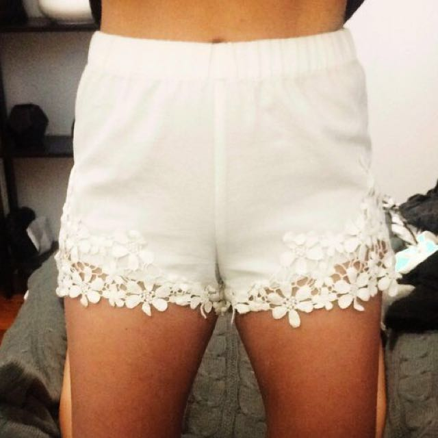 Zara shorts xs