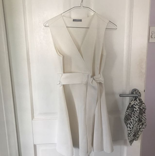 Zara white dress small to medium
