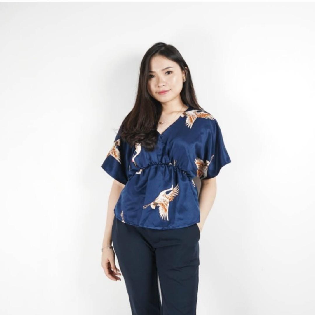 zoa seagull blouse
