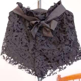 Lacey Black Short Pant