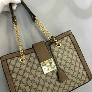Gucci Shoulder Bag With Gold Chain Strap