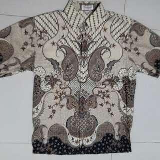 Kemeja Batik motif