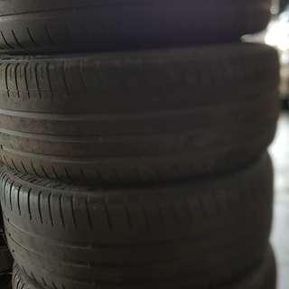 17吋鋁圈  ET45  7.5J   含米其林(PS3)胎215/45/17