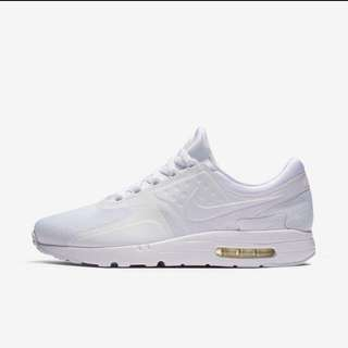 *PRICE LOWERED* BNWT Men's Nike Air Max Zero (Size 8)