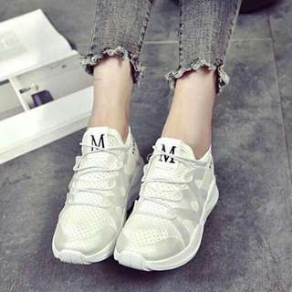 🆕🆕🆕 Size:35-39 Php:420 Adjust 1 size