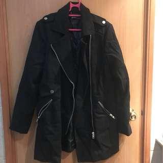 stradivarius 黑色coat