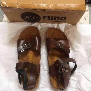 Sepatu Sandal Runo