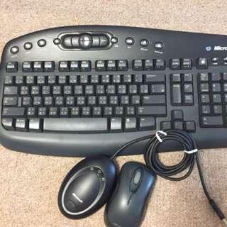Microsoft 無線 keyboard 同 mouse