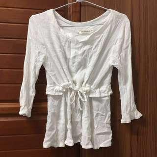 🚚 白色縮腰上衣
