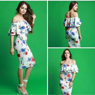 Online Sale: P350 only !!!  💋3D Floral Off Shoulder Dress 💫Milky cotton, soft stretch  💫Layer upper  💫Off shoulder design  💫Free size fits up to semi L 💫Single color  💫Nice quality