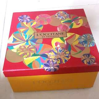 L'occitane Gift Box with Samples