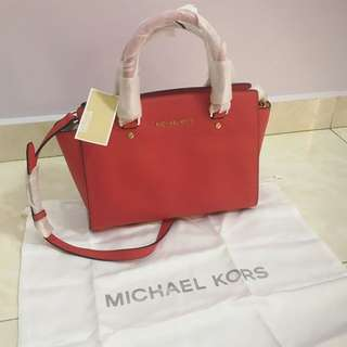 Michael Kors Selma Saffiano Leather Medium