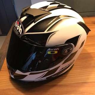 **Final Price** Airoh GP500 Carbon Kevlar Helmet