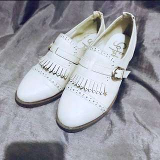 So Fab Nude Oxfords Size 7