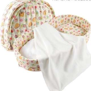 NEW LABEBE 2-IN-1 BED/DIAPER CHANGE