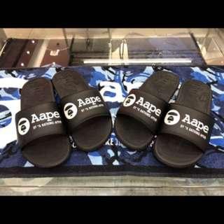 AAPE家用拖鞋。兩碼