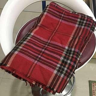 🚚 🇰🇷正韓 韓國 紅格流蘇邊圍巾