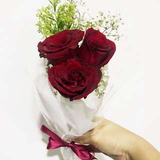 Instock valentine 3 stalks dark red rose bouquet fresh flowers