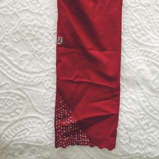 LULULEMON red workout leggings