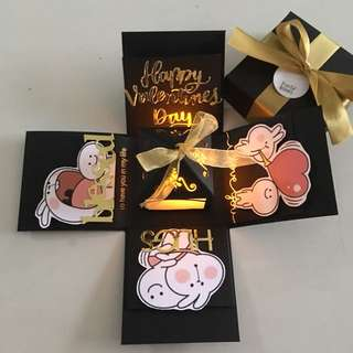 Valentine day Explosion box with lighthouse & 4 personalised photos in black & gold