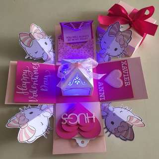 Kitty Valentine day Explosion box with lighthouse & 4 personalised photos in pink