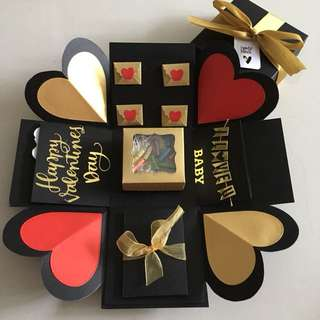 Valentine explosion box with capsule box , pull tab in black , red & gold