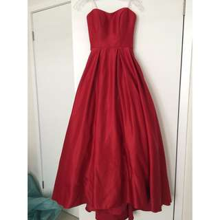 red prom/evening dress in size 0