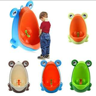 Frog Wall Mounted Potty Toilet Trainer
