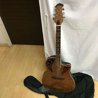 CLEARANCE SALES {Musical Instrument - Semi-Acoustic Guitar} Pre-loved Vintage Gorgeous Semi-Acoustic Guitar Come With Guitar Bag