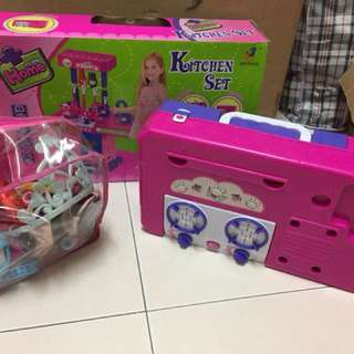 Kitchen Playset & girl accessories