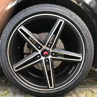 "18"" Vossen Rims with Pirelli Tyres"