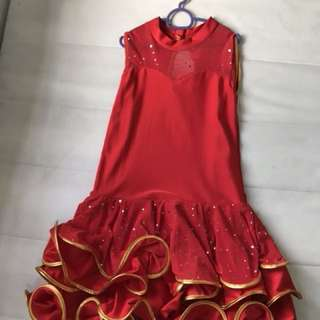 Luxury dinner gown 6-8 years old