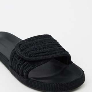 Tony Bianco Slides