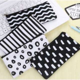 POUCH Black & White Edition