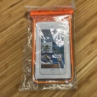 Waterproof sleeve for smartphone