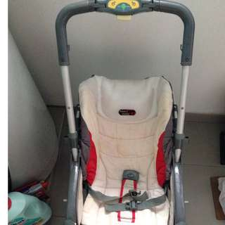 Free goodies + Free Delivery (depends on location :) :) Capella 3 adjustable ways recliner baby stroller pram from new born to toddler :)