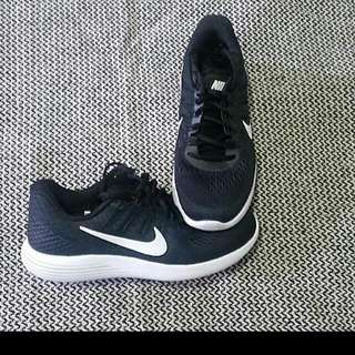 Nike LUNARGLIDE running shoes