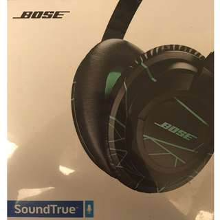 Bose SoundTrue Headphones (New)