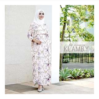 Wearing Klamby Mysha Kaftan in Blush Free Size
