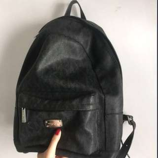 (有心可議🙀)Michael Kors Backpack