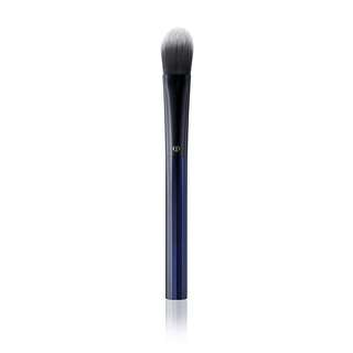 Cle de peau Foundation Brush