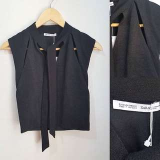 ZARA cut-out cropped top (brand new with tag) 🌸 Fits S 🌸 400.00