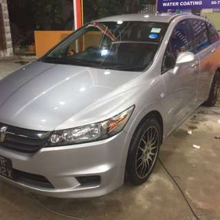Renting mpv car
