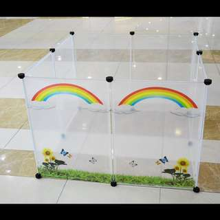 Transparent pet playpen/fence