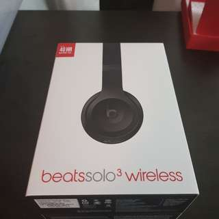 Beat solo 3 wireless headphones