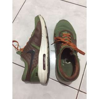 Authentic Men's Nike Airmax Zero Army