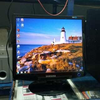 Monitor LCD Samsung 17 inch bagus,  siap pakai