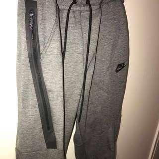 Nike Tech Fleece Sweatpants